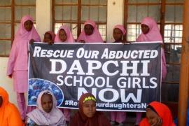 Boko Haram libera a 105 niñas del grupo que secuestró en la localidad nigeriana de Dapchi