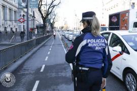 Detenido al intentar quemarse a lo bonzo a las puertas de una sede de Hacienda en Madrid