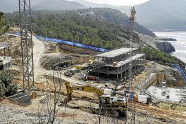 PSOE y Podemos piden «contundencia» en las obras del hotel en Cala Xarraca