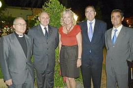 Cena de compañerismo en homenaje al comandante general de Baleares