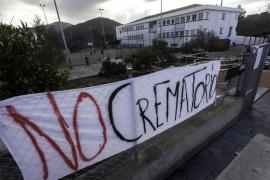 Vecinos de Sant Antoni acudirán a los tribunales para frenar el nuevo crematorio
