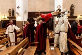 Procesión del Cristo de la Sangre por el barrio de la Marina