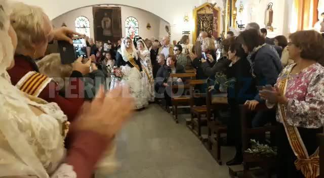 Sant Antoni se vuelca con las fallas