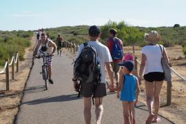 Formentera saca a licitación el acceso al faro de es Cap, donde se prevé un quiosco con 25 mesas