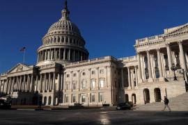 Hallan varios paquetes sospechosos en edificios gubernamentales de Washington