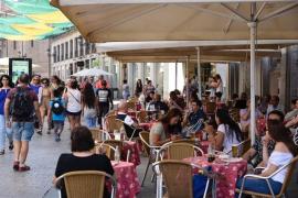 El IPC sube una décima en marzo, hasta el 1,2%, por los servicios turísticos ligados a la Semana Santa