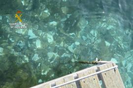 La Guardia Civil identifica a los autores del vertido de escombros en aguas de Menorca