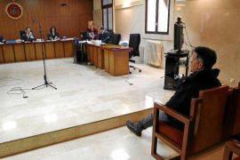 Tres años de cárcel para un hombre que vendía drogas en un taxi pirata en Ibiza