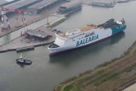 Baleària pone a flote su primer buque con generador de gas natural