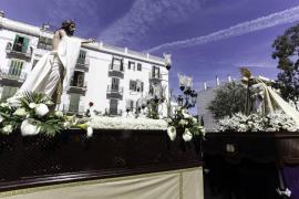 Emotivo estreno de la procesión del Santo Encuentro en Vila