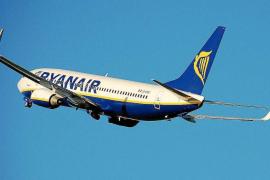 El Gobierno mantiene el descuento de residente al 50% para vuelos con la Península