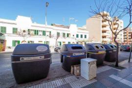 Comienza la instalación de los nuevos contenedores soterrados de la avenida de España de Vila