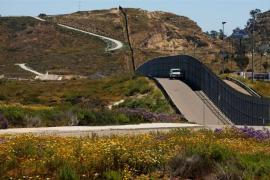 Trump desplegará a las tropas en la frontera con México hasta que el muro esté construido
