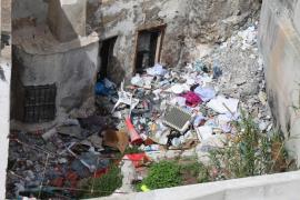 EPIC solicita la limpieza de varios inmuebles en ruinas de sa Penya