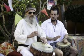 El Hippy Market es la excusa perfecta para contagiarse de la esencia 'hippie' de Ibiza