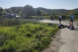 Nueve ciclistas heridos, dos de ellos graves, tras ser arrollados por un coche en Capdepera