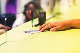 Más de 11.700 personas en situación irregular han recuperado su tarjeta sanitaria en Baleares