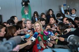 Cifuentes exige a Gabilondo explicaciones sobre la filtración de su máster