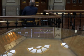 El Ibex 35 abre con una subida del 0,56% y conquista los 9.700 enteros