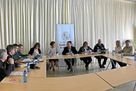 Guardia Civil y Policía Local de Sant Josep reforzarán este verano los controles en las playas