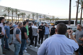 Inspectores infiltrados vigilarán los 'taxis pirata' en el aeropuerto de Palma en verano