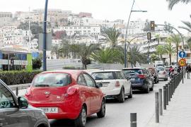 Alertan de que el nuevo cambio de circulación en Vila convertirá la avenida Santa Eulària en una 'ratonera'