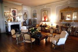 La mansión de Zsa Zsa Gabor abre sus puertas ante la subasta de su colección