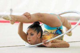 Los aros y las mazas regresan al polideportivo de Santa Eulària