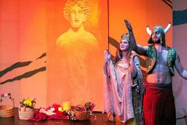 Éxito de asistencia en el estreno del musical 'Ibiza, una isla de leyendas'