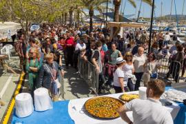 Sant Antoni saborea los manjares de la mar