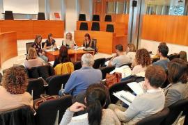 El Consell d'Eivissa trabaja en mejorar la atención a los menores y a sus familias