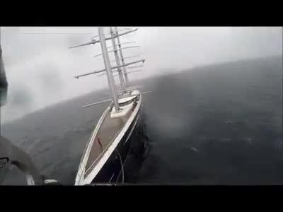 Vídeo del simulacro de evacuación del gigante 'Black Pearl' en aguas de Mallorca