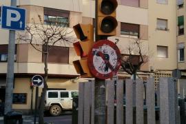 EPIC denuncia el estado de abandono de las señales de tráfico en la ciudad de Ibiza