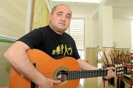 El CEIP Poeta Villangómez canta a beneficio de la Fundación Vicente Ferrer