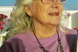 Imma Vallés aborda en su nuevo libro la violencia y cómo poder desenmascararla