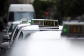 El Gobierno blinda con un Real Decreto Ley las limitaciones a Uber frente al taxi