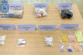 Dos detenidos en Ibiza al ser sorprendidos en su vehículo con distintas cantidades de droga