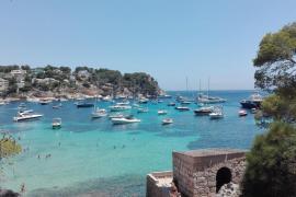 Los socialistas de Ibiza alertan sobre los peligros de criminalizar el turismo