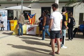 """Crítica del PP a Rafael Ruiz por """"permitir"""" paradas con propaganda independentista en el Día del Libro"""