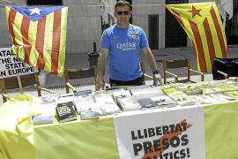 El PP de Vila critica la instalación de una parada independentista en el Día del Libro