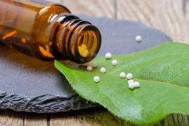 """CCAA piden a Sanidad no financiar los productos homepáticos y dejar """"claro"""" que """"no curan"""""""
