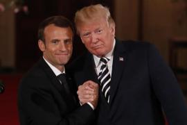 Macron anuncia ante Trump que Francia quiere negociar un nuevo acuerdo nuclear con Irán