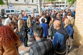 Asociaciones animalistas defienden la gestión de la concejala Montse García