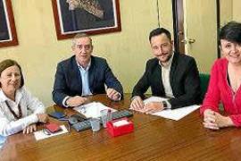 """Rafa Ruiz reclama de forma """"inmediata"""" la tramitación de fondeos en Talamanca a Demarcación de Costas"""