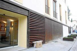 La Policía Judicial se traslada al Ayuntamiento de Vila para recabar documentación relacionada con el caso Eivissa Crea