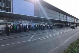 Detenidas 12 personas en el Aeropuerto de Ibiza por viajar con documentación falsa