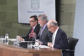"""El Gobierno ve """"cerrada la puerta"""" a que Puigdemont sea investido y avisa que recurrirá """"cualquier fraude"""""""