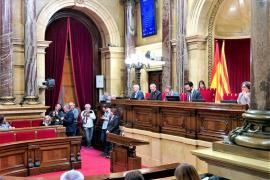 El Parlament debate hoy la ley para poder investir a distancia a Puigdemont