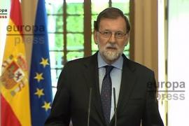 Rajoy reivindica a las víctimas frente a los asesinos y deja claro que la democracia ha vencido a ETA