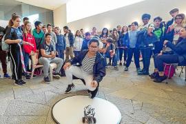 El mundo de la robótica se acerca a los estudiantes ibicencos